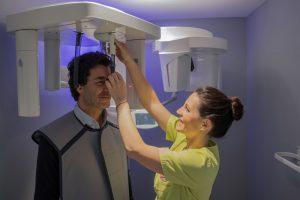 Auch beim Röntgen sind Sie bei uns in besten Händen